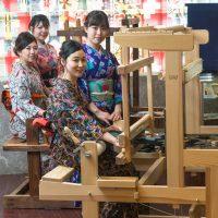足利銘仙の手織り体験してみませんか?